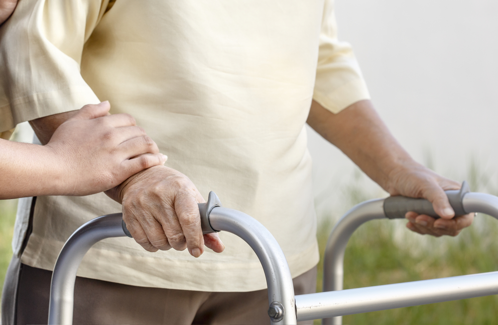Helping an Elderly Loved One with Mobility Problems Live a Full Life